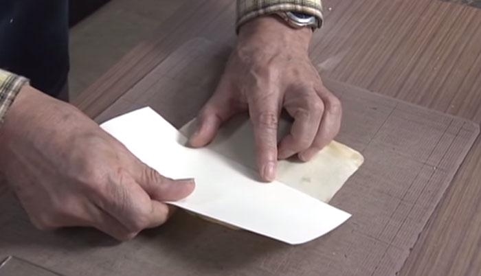 old-book-restoration-japanese-craftsman-nobuo-okano-2